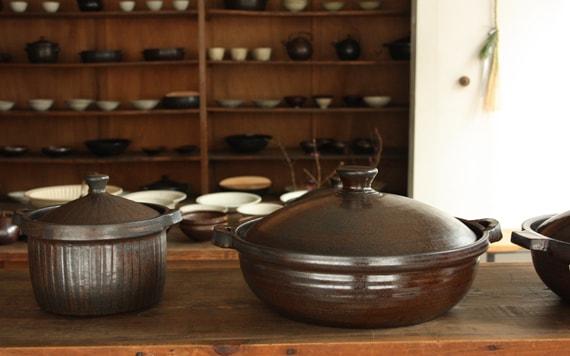 Jo's earthenware pot