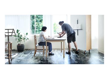 とある展示会で意気投合したchikuniさんと小澤さん。色々話していく中で今回の展示が決定、テーマも自然に決まったそうです。