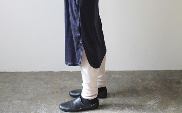 71f6f981407b67 身長:168cm △入りすぎないスリットも安心感があります 。そして裾の始末もまたよくて、こんな風に丸くなっているんです。 直線よりも優しい感じ
