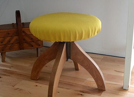 stool06-min